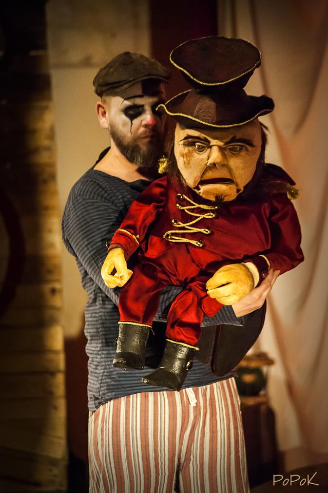 Freaks Le cirque De M Finsky Lutka Marionnettes 1